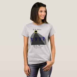 """Förmörkelse """"i skugga av månen """", t shirts"""