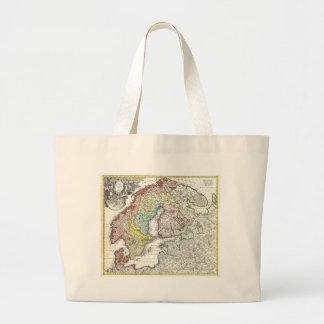 Forntida skandinavisk karta tote bags