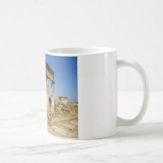 Forntida stad av Hierapolis - en pagan kult centre Vit Mugg