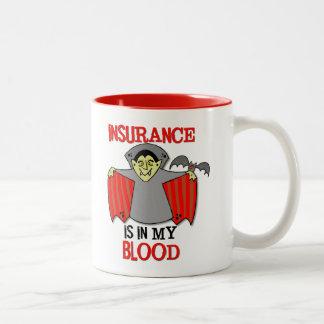 Försäkring är i mitt blod 11 uns. rött två-tona Två-Tonad mugg