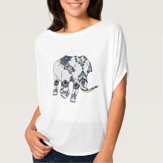 Förskönad elefantT-tröja T-shirt
