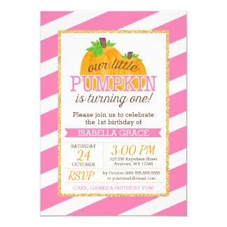 Första födelsedag för rosa för guld pumpaflicka 12,7 x 17,8 cm inbjudningskort
