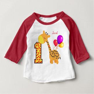 Första födelsedagsfestanpassningsbar för giraff tshirts