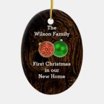 Första jul för trä i ny hem- beställnings- prydnad julgransdekoration