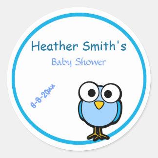 Förtjusande blåttugglamammor som är baby shower rund klistermärke