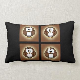 Förtjusande dekorativ kudde för tjockbruntuggla