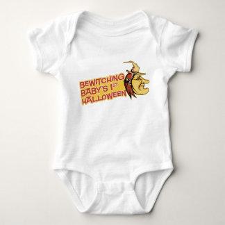 Förtrollande baby 1st Halloween skjorta Tshirts