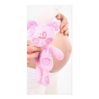 Förvänta flickan --Den gravida buken noterar korte Fotokort