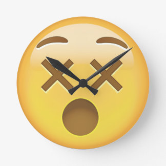 Förvirra ansikte Emoji Rund Klocka