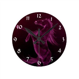 Fostra den purpurfärgade friesianhästen ta tid på rund klocka