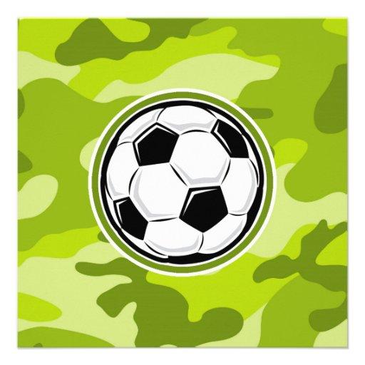 Fotbollboll ljust - grön camo kamouflage inbjudningar