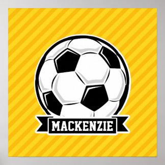 Fotbollboll på gula randar