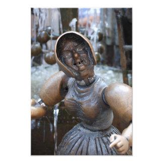 Foto av statyn för gammal dam