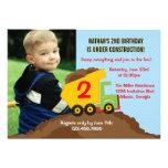 Foto för födelsedagsfest för lastbilkonstruktionsp inbjudningar