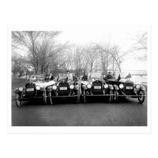 Foto för glamourflicka- & klassikerbilvintage vykort