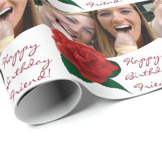 Foto för grattis på födelsedagenväntext som slår presentpapper