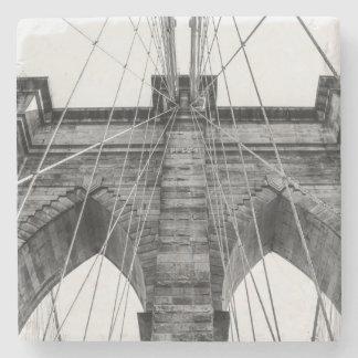Fotoet av Brooklynen överbryggar i NYC Underlägg Sten