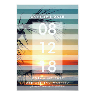 Fotoet för palmträdstrandsolnedgången sparade 12,7 x 17,8 cm inbjudningskort