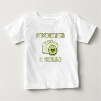 Fotograf i utbildningsT-tröjagrönt T Shirts