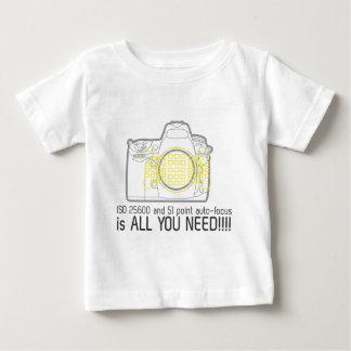 Fotografen Nikon D700 är all som du behöver Tshirts
