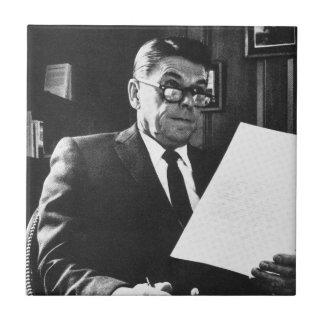Fotografera av Ronald Reagan Kakelplatta