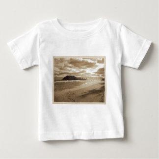 Fotsteg i sanden t-shirts