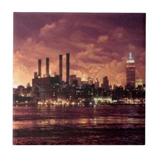 Fourth av Juli fyrverkerier bak Manhattan Liten Kakelplatta