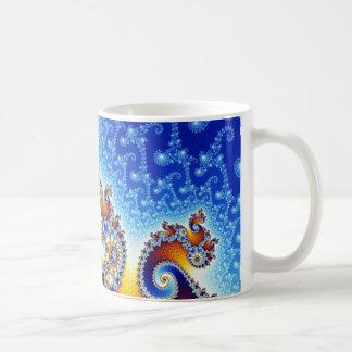 Fractal för Mandelbrot fastställd satellit- Kaffemugg