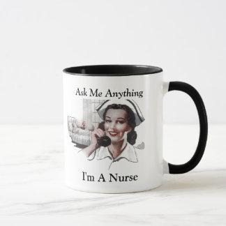 Fråga mig något I-förmiddagen en sjuksköterska den Mugg