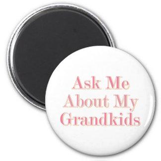 Fråga mig om mitt barnbarn magnet rund 5.7 cm