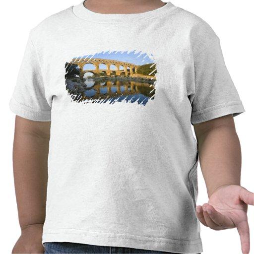 Frankriken Avignon. Den Pont du Gard romareakveduk Tee Shirts