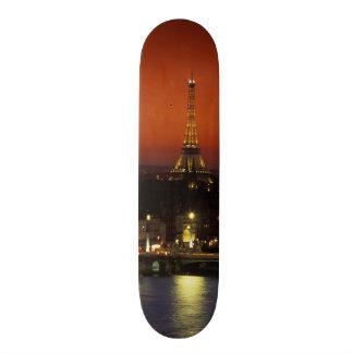 Frankriken den Paris solnedgången beskådar av det  Mini Skateboard Bräda 18,5 Cm