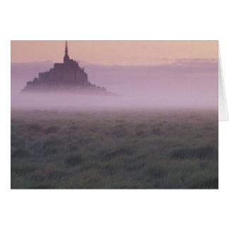 FRANKRIKEN Normandy Mont St. Michel. Morgonmist Hälsningskort
