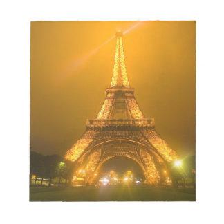 Frankriken Paris. Eiffel torn som är upplyst på 3 Anteckningsblock