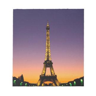 Frankriken Paris, turnerar Eiffel på sunset.en Anteckningsblock
