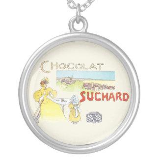Fransk advertizing för chokladvintagekonst silverpläterat halsband