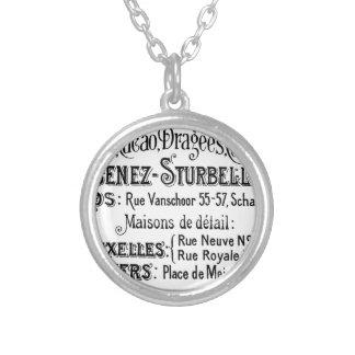 fransk annons för vintagetypografichoklad silverpläterat halsband