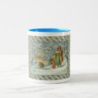 Fransk jul för vintage, familj i skogen Två-Tonad mugg