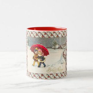 Fransk jul för vintage, snö och rött paraply Två-Tonad mugg