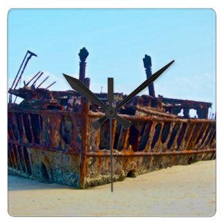 Fraser ö - Maheno Shipwreck. Fyrkantig Klocka