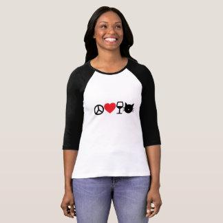 Fred, kärlek, vin och katter tee shirt