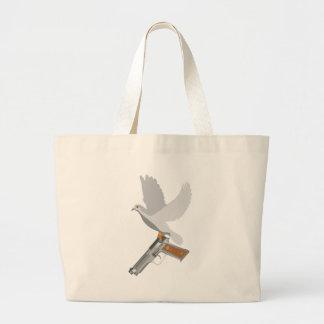 Fred med en vapenbokpåse tygkasse