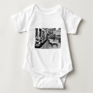 Frederick & Nelson Raindeer i fönstret Tee Shirts