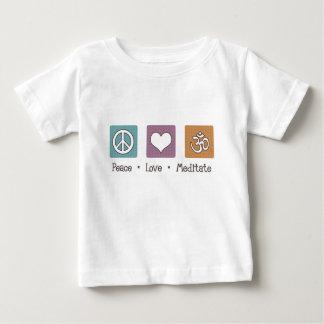 Fredkärlek mediterar t-shirt