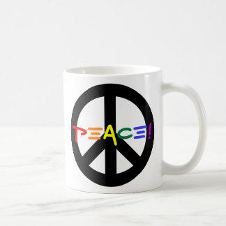 Fredstecken med regnbågen kaffemugg
