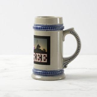 Freedom-isnt_free mugg