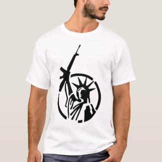 Frihetsgudinnaninnehav en AR-15 up kick! T Shirts
