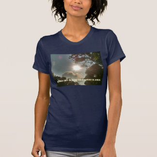 Fristad i den Jesus T-tröja T-shirts