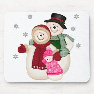 Frostig snögubbefamilj - rosa musmatta