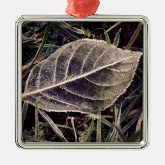 frostigt löv julgransprydnad metall